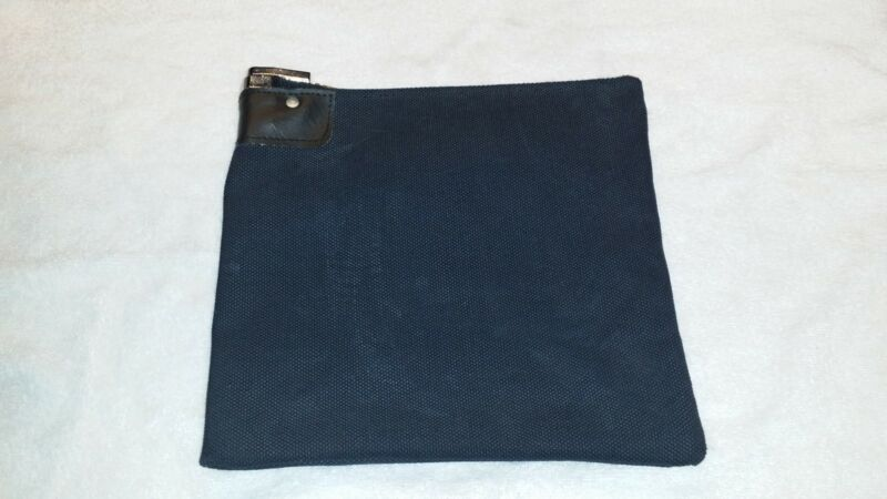 1 Black Heavy Canvas Locking Bank Deposit Bag Deluxe Pop Up Lock and 2 Keys