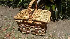 Picnic basket Narrabeen Manly Area Preview