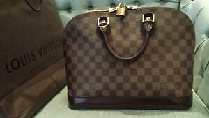 Authentic louis vuitton alma pm West Island Greater Montréal image 6