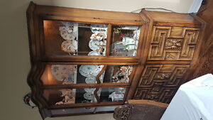 $400 Solid wood china cabinet and buffet console