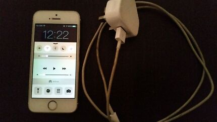 Iphone 5s gold 16gb, like brand new  Adelaide CBD Adelaide City Preview