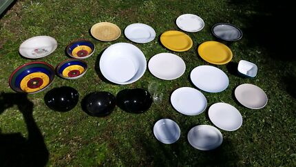 Dishes! Plates, soup bowls and salad dishes. Turrella Rockdale Area Preview