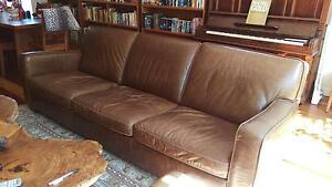 Freedom furniture leather sofa South Melbourne Port Phillip Preview