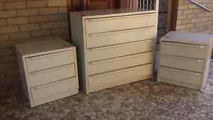 Dresser & bed side drawers Nowra Nowra-Bomaderry Preview