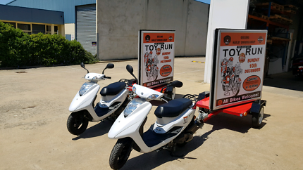 Scooters with trailors