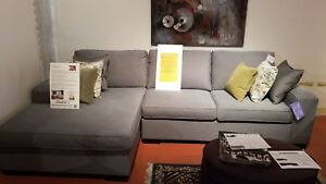 Sofa sectionnel neuf / Brand new sectional sofa