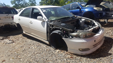 2003 TOYOTA CAMARY WHITE FOR WRECKING