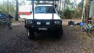 Toyota Hilux 89 Dual Cab 4x4 Clarence Town Dungog Area Preview