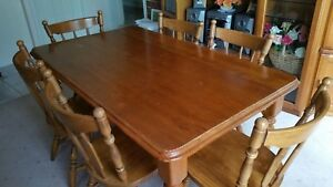 7 Piece Solid Timber Colonial Dining Kitchen Setting (6 Chairs)