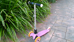 """Quality """"Mambo""""Toddler Scooter. Bentleigh East Glen Eira Area Preview"""