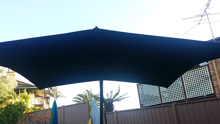 Cafe umbrella sunshade commercial grade with stand