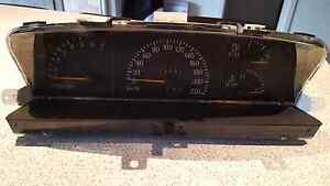 VR Holden  Commodore Instrument Cluster. Pick up from Lalor, VIC Lalor Whittlesea Area Preview