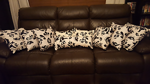 Black/ white cushions Gosnells Gosnells Area Preview