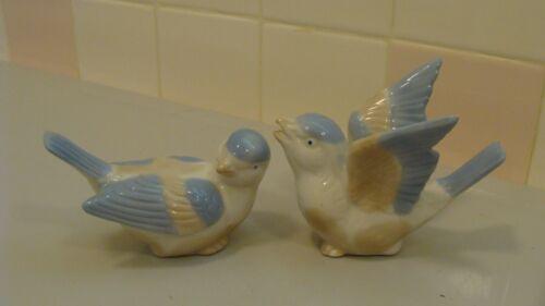 Vintage Beautiful Porcelain/Ceramic 2 Sparrow Birds Figurines