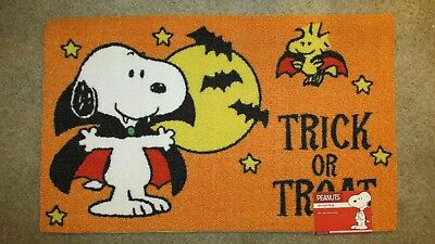 Snoopy Halloween Peanuts Rug Woodstock 20X32 Vampire Trick or Treat
