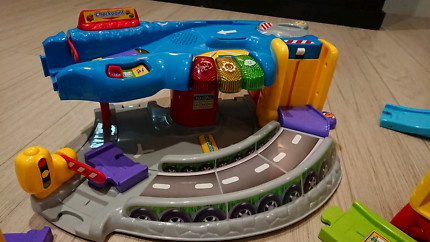 Vtech toot toot drivers tracks and vehicles