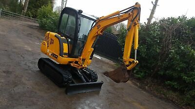 JCB 802 2.5 TON MINI DIGGER EXCAVATOR WITH 3 BUCKETS AND TRAILER