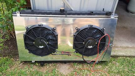 2002 GU Nissan Patrol Radiator and thermo fans