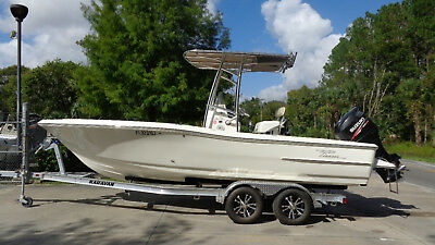 VERY NICE 2013 PIONEER 220 BAY SPORT CC FISHING BAY BOAT SUZUKI 4-STROKE 175 HP