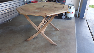 Wood outdoor table Toowoomba Toowoomba City Preview