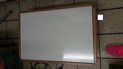table d'appoint ou de lit brun et blanc 5 niveaux (ordinateur petit dejeuner)