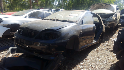 2001 TOYOTA COROLLA FOR WRECKING