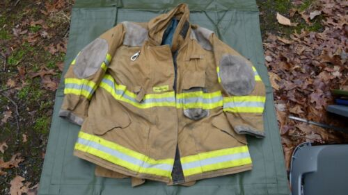 Quaker Firefighters Jacket Turnout Bunker Gear Fireman Size 52-30-33