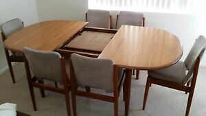 Dining Room Table (plus 6 chairs) Rose Bay Eastern Suburbs Preview