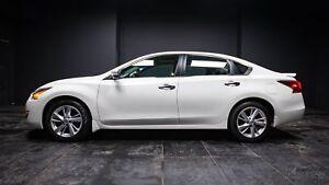 2014 Nissan Altima 2.5 SL SUNROOF! LEATHER! NAV! PUSH TO START!