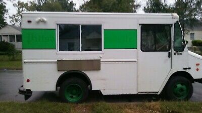 Little Used Food Truck For Sale. Complete Mobile Kitchen In Excellent Condition