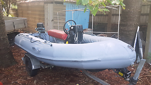 Avon 4.2 metre rigid hull inflatable. Southport Gold Coast City Preview