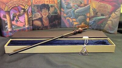 Harry Potter - Minerva McGonagall Wand w/ FREE Deathly Hallow Necklace - Minerva Harry Potter