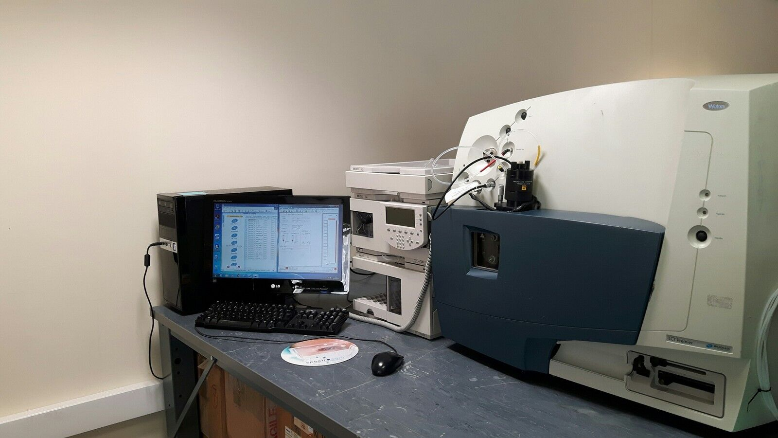 Waters LCT Premier MS with Agilent 1100 HPLC system