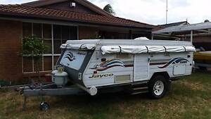 Jayco Hawk Outback 2000, Great family camper ready to getaway in. Penrith Penrith Area Preview