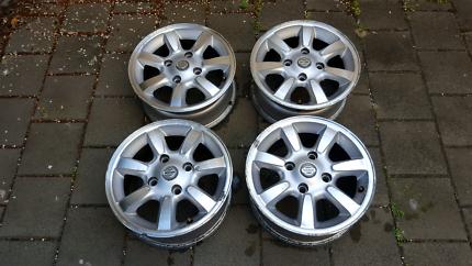 Nissan Pulsar N16 genuine 14x5.5 wheels rims 4x