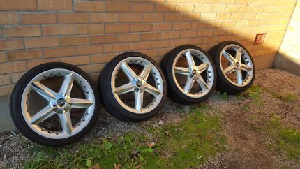 18 inch ROH wheels w/tyres Bedford Park Mitcham Area Preview