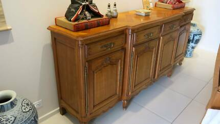 Timber French style Buffet