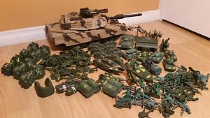 Army men toy soldier bundle Pooraka Salisbury Area Preview