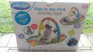 Playgro play in the park activity gym, brand new, package a bit worn