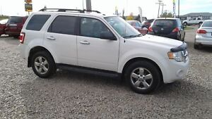 ** 2009 FORD ESCAPE XLT 4X* LEATHER * SUNROOF * FULLY INSPECTED*