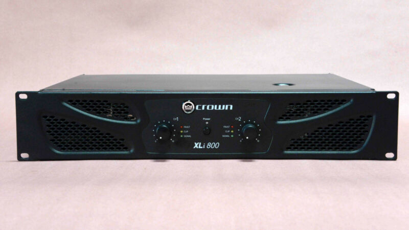 Crown XLi 800 Stereo Two-channel, 300W @ 4Ω Power Amplifier - Great Condition