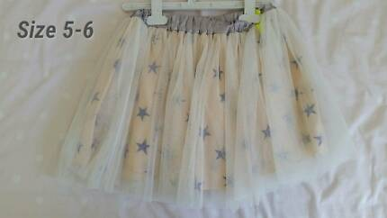 Girls Skirt size 5/6 Cotton On