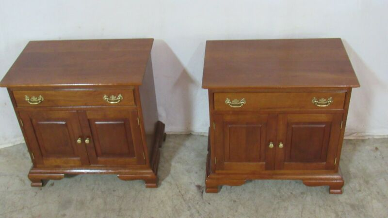 Stickley Pair Cherry Nightstands Tables  Bedroom Set