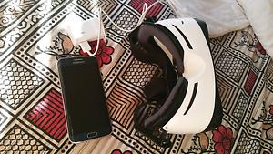 Samsung S6 edge with gear VR Harris Park Parramatta Area Preview