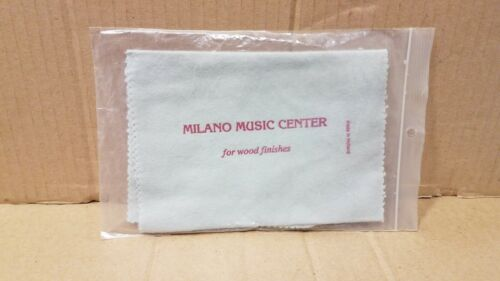 Milano Music Center Polish cloth for wood finishes