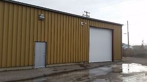 Commercial space in Okotoks-Less than $11sqft!!