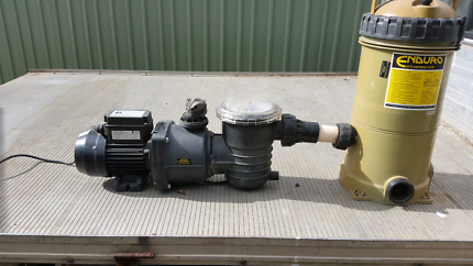 Pool pump for above ground pool good condition as new