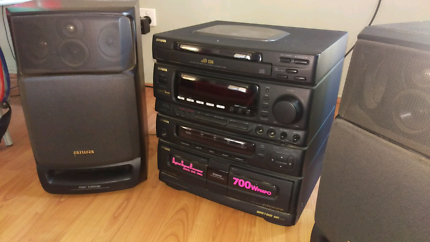 Aiwa Z-L200 stereo and speakers