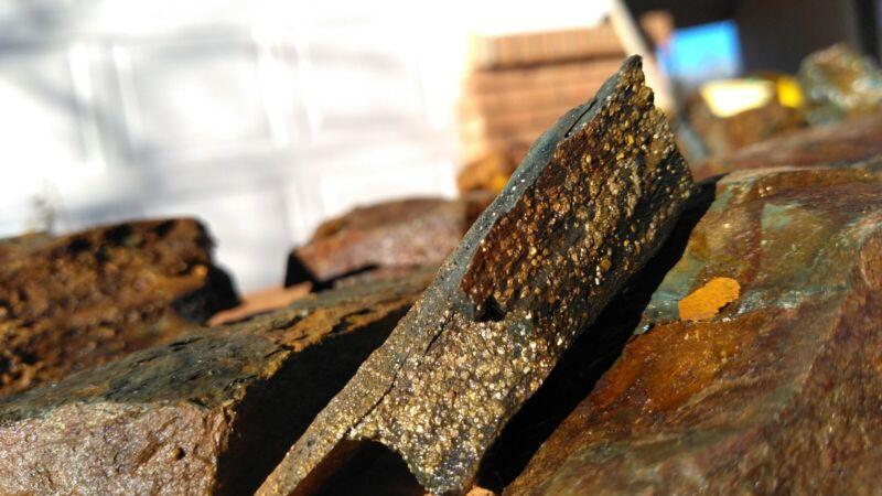 10 lbs of high grade rich Arizona gold ore. green shale, super heavy, motherlode