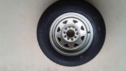 Boat spare wheel